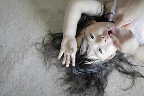 誤嚥性肺炎(ごえんせいはいえん)の症状と口腔ケアの方法について