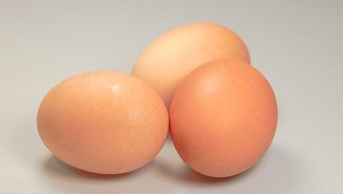 卵は温泉で