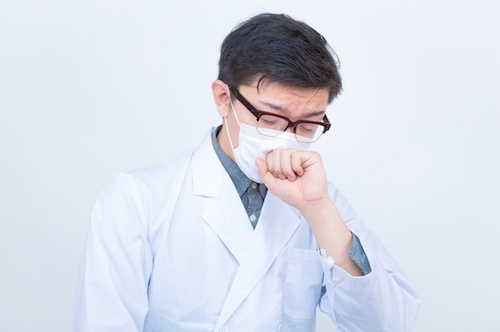 普通の肺炎とは違う