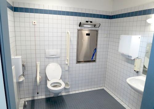 下痢で生きたくなるトイレ