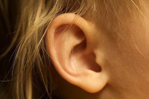 突発性難聴の原因とは。治療で治る?再発してしまうのか?