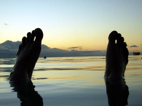 水虫の症状は足にどんな影響が?足裏や指や甲にも?足以外は?