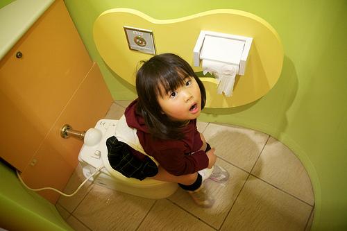 ロタウイルスの症状。大人が感染した場合。白色便性下痢症とは?