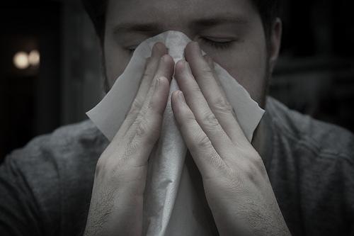 花粉症のだるい症状の対策と解消法。薬の副作用?何科に?