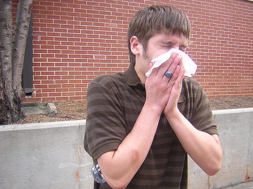 後鼻漏の原因は?治療は漢方が効く?咳も出るのが辛い。