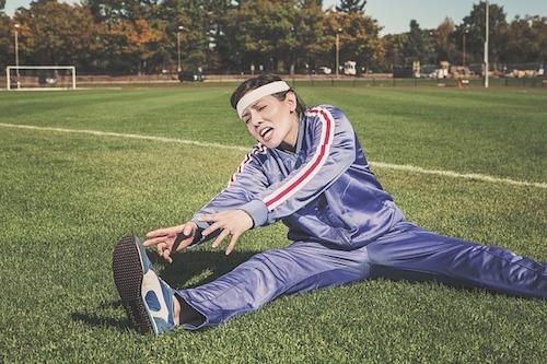 簡単!体を柔らかくする方法!開脚や前屈が楽々になるよ。