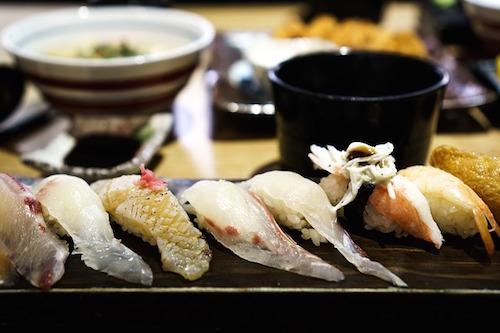 お寿司は日本料理