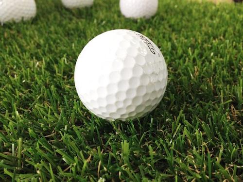 足裏にゴルフボールは痛いけど効果的!ツボに効かすには毎日する?