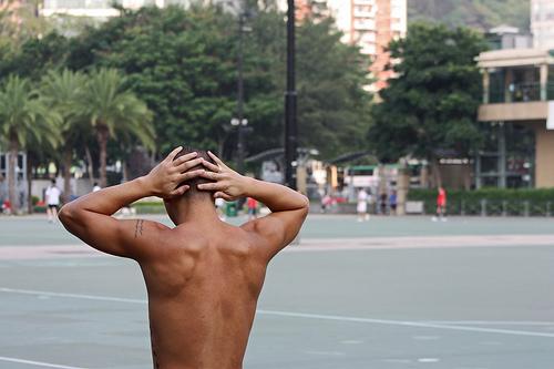 肩甲骨はがしのやり方はセルフでできる?自分ひとりで効果出る?