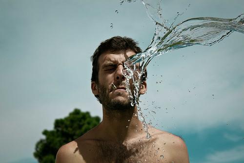 顔のむくみの効果的な取り方は食べ物で!?解消のコツと対策