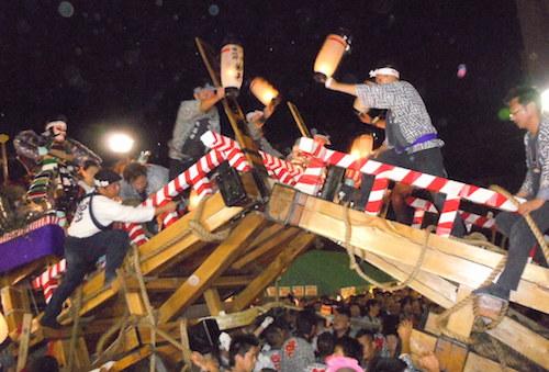角館のお祭りの歴史と2016年日程。事故は毎年?掲示板も盛り上がる?