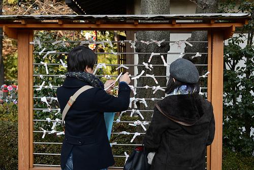 東京初詣デート!縁結び神社のおすすめココ!都内パワースポットで充電。