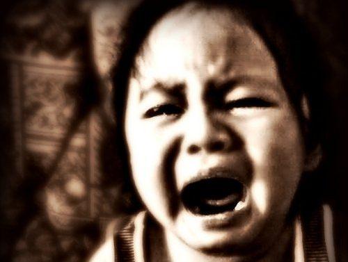 子供が癇癪(かんしゃく)起こす原因は砂糖!?砂糖が体に及ぼす影響