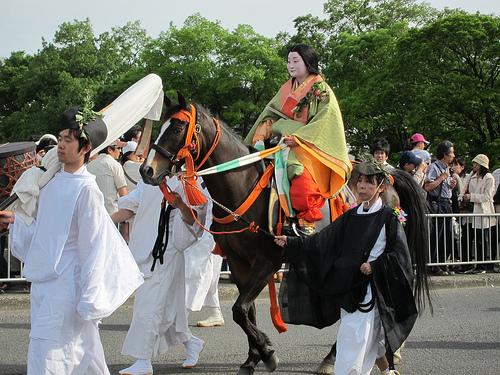 葵祭 巡行コース良い場所で見たい!タイミング良いのはどの時間?