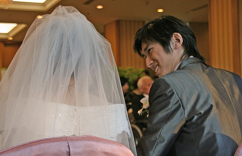 結婚式余興ソングで人気な曲をランキングで発表!洋楽は盛り上がらない!?