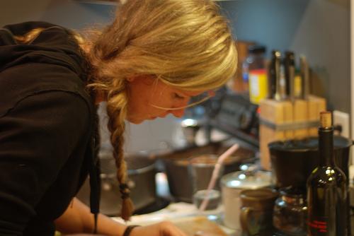 料理研究家になるため女性はどんなスキルアップを??資格やアシスタントについて
