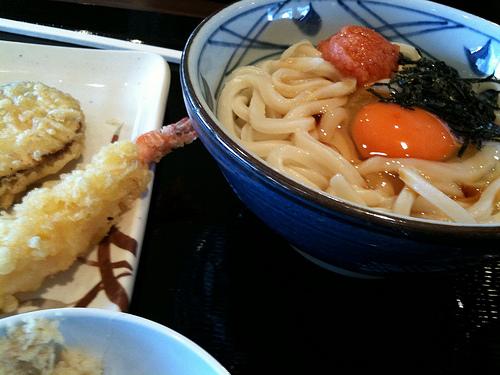 丸亀製麺 美味しい食べ方!釜揚げうどんはこう食せ!通おすすめの裏技を紹介!